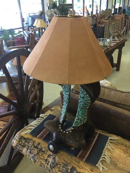 saddle tree lamp